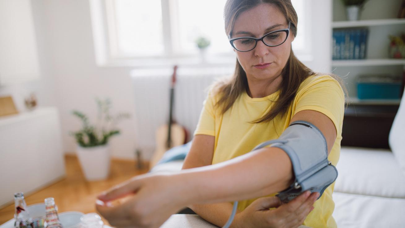 magas vérnyomás testhelyzetből aszalt szilva hipertónia