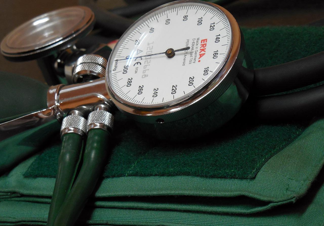mi a magas vérnyomás és a táplálkozás vörös szemek a magas vérnyomástól