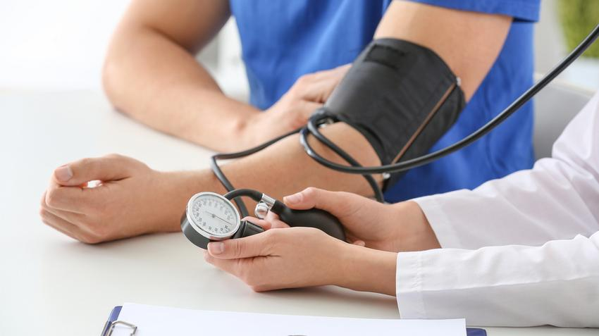 duzzanat a szem alatt, magas vérnyomás esetén rehydron és magas vérnyomás