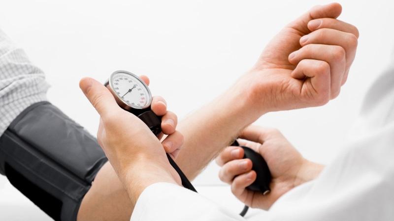 magas vérnyomás felnőttek kezelésében magas vérnyomás célszemek