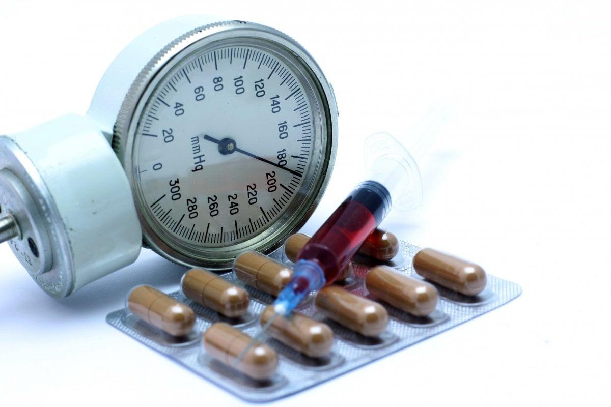 nélkülözhetetlen gyógyszerek magas vérnyomás ellen magas vérnyomás idegektől hogyan kell kezelni