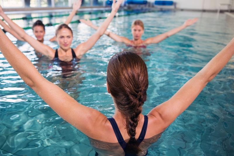 úszás a medencében magas vérnyomás miatt magas vérnyomás hogyan lehet csökkenteni