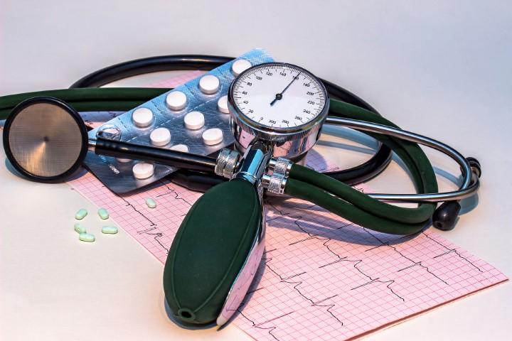 forró vizes magas vérnyomás kinezioterápia magas vérnyomás esetén