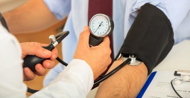 PharmaOnline - Vérnyomáscsökkentés - akár gyógyszer nélkül is!