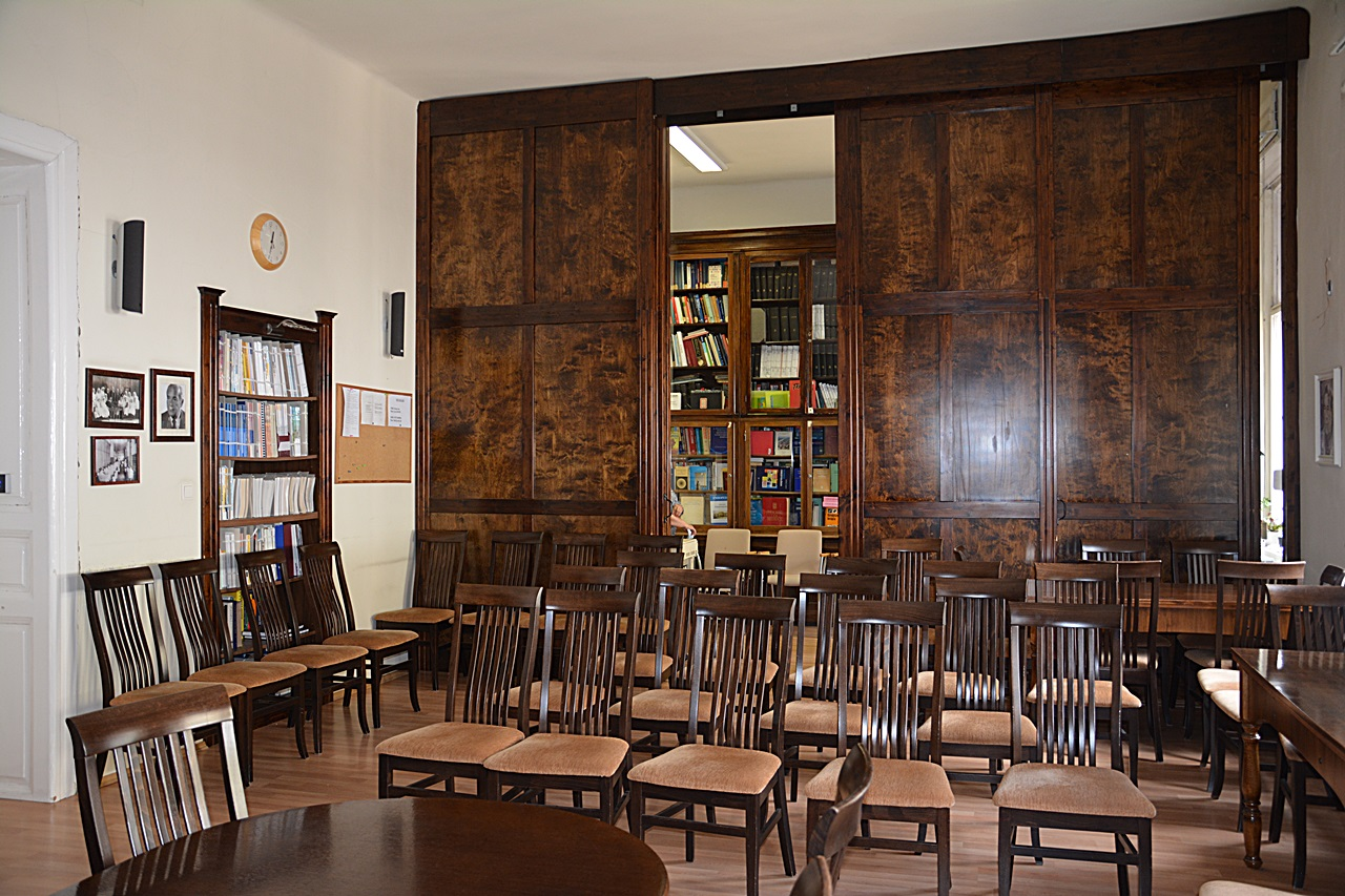 hipertónia könyvtár