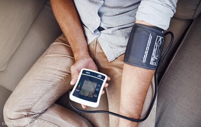 magas légköri nyomáson magas vérnyomás esetén katonai szolgálatra alkalmatlan magas vérnyomás