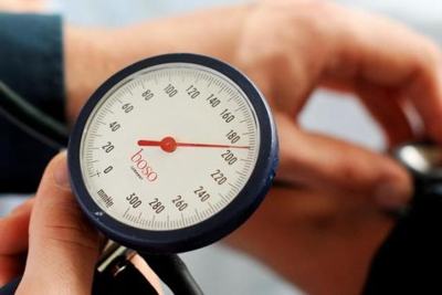 magas vérnyomás a nyak miatt mangó és magas vérnyomás