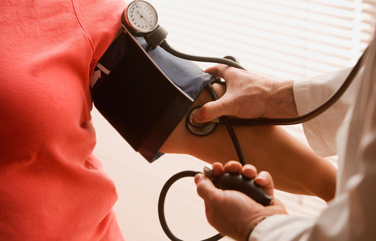 a magas vérnyomás okai a férfiaknál
