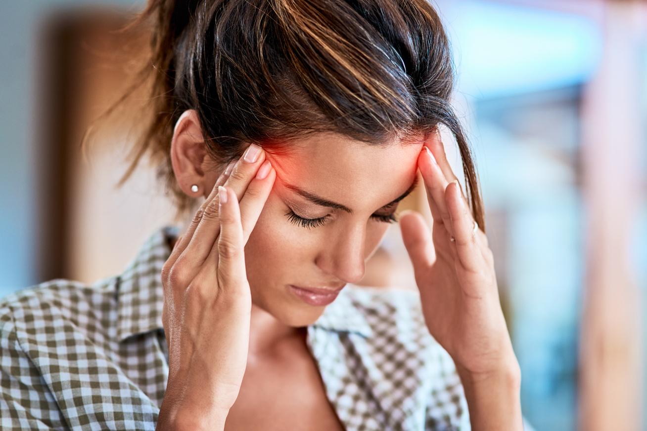 a fejfájás okai magas vérnyomásban magas vérnyomás és szívdobogás