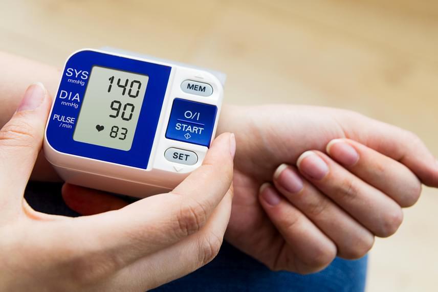 magas vérnyomás 145-90