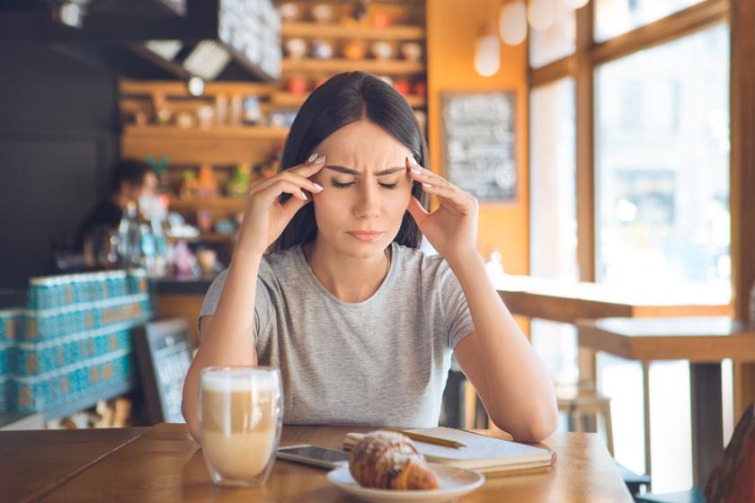 fejfájás hipotenzióval és magas vérnyomással összehasonlítva