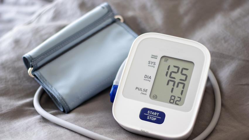 amikor 2 fokú magas vérnyomást kapnak magas vérnyomás ülő